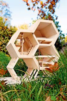 Die Bienenwabe gibt das Design vor
